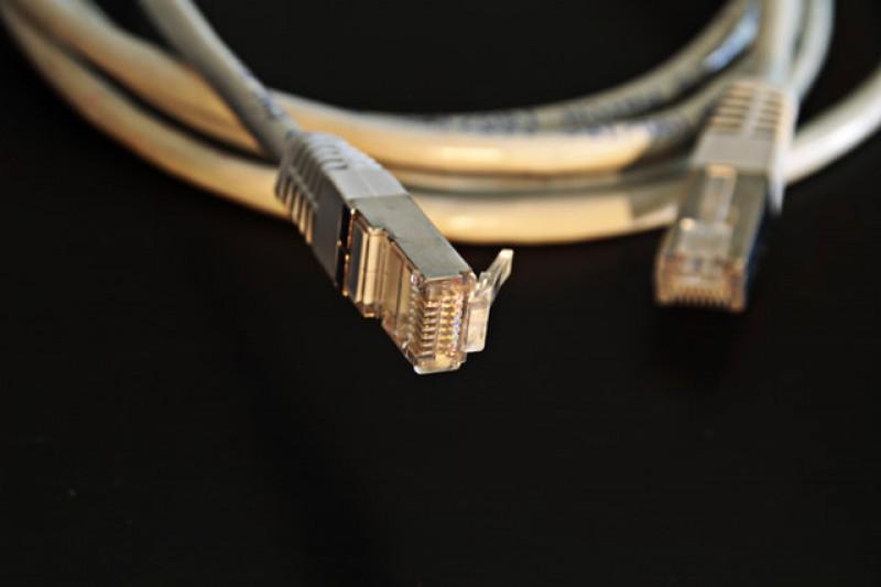طراحی و اجرای شبکه های فیبر نوری